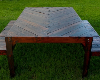 Herringbone Table made from Reclaimed Pallet Wood