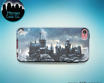 Hogwarts Snowy Winter Castle Harry Potter iPod Touch 5th Gen Generation Rubber Case, iPod Touch 6th Gen Generation Rubber Case
