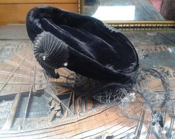 1940s black velvet hat ~ 'shell-shaped' decorations, deteriorating veil