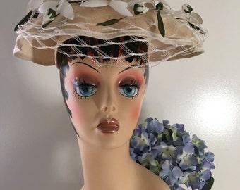 Vintage Wavy Edge Saucer Hat, 1950s