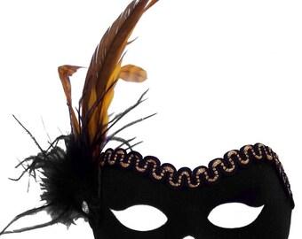 Mandy Black/Gold Masquerade Mask - U141