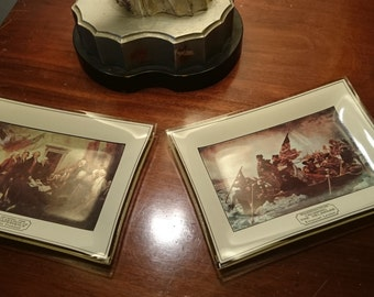 Pair of Patriotic Bent Glass Trays/George Washinton/Declaration of Independence/Washington Crossing the Delaware/Fourth of July