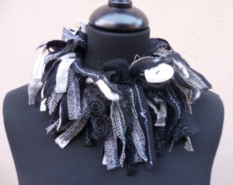 Scarf necklace black and white piece cotton, wool , wool felt, white pearl heart button, sciarpa girocollo, donna, ragazza, boho chic.