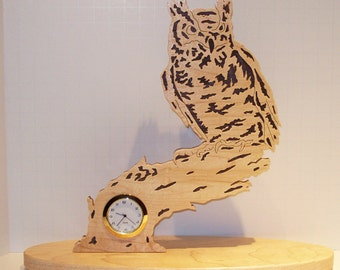 Nature's Majesty Owl Desk/Shelf Clock - Maple & Walnut