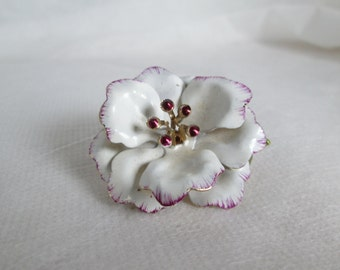 Vintage Flower Brooch 1960s