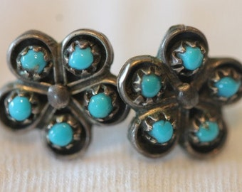 Southwestern sterling silver turquoise flower design earrings pierced posts