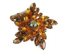 D & E Juliana Style Brooch, Topaz AB Pin, Star, Mid Century Designer Jewelry, Prong Set, Rhinestone    S51