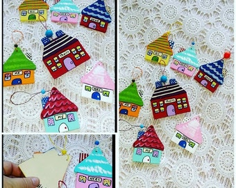 Tiny House Ornament Set