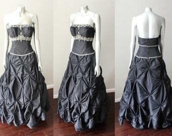 Coffin Rhinestone Vintage Ruche Pin Cushion Ball Gown Party Dress Black Silver Pouf Halter Strapless Sz  M