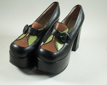 Retro Buffalo London shoes pumps 90s with 70s look