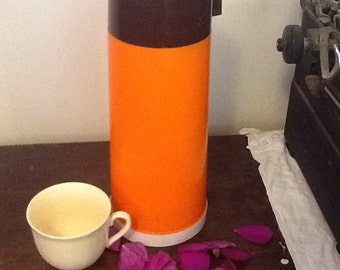 Very cool Retro orange Aladdin thermos from the 1970 s