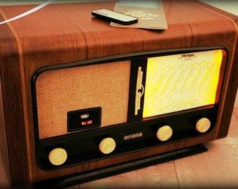 """""""Ariane"""" vintage Bluetooth radio"""
