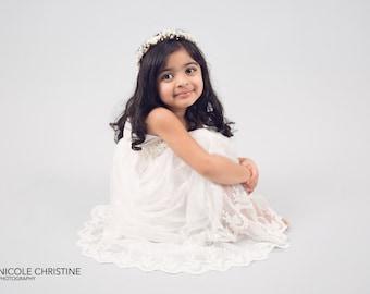 White Flower Girl Maxi Dress, Sash Belt set, Floor Length Lace Dress, White Wedding, Delicate Lace, Boho Chic Country Dress, Teen Dress