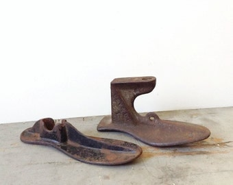 Two Cast Iron Antique Shoe Forms, Rustic Decor, Iron Shoe, Paper Weights, Industrial