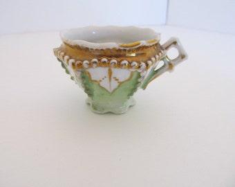 VINTAGE Moriage Style Demistasse cup