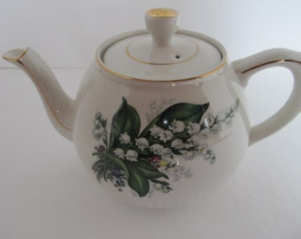Ellgreave Heat Master Flora Teapot - MADE IN ENGLAND - Lilly of the Valley