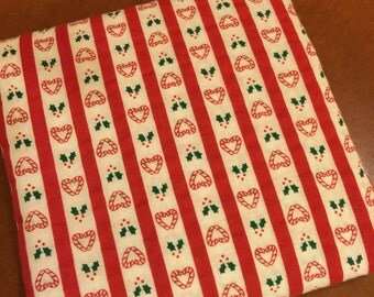 Christmas Fabric Vintage. FQ. Heart Fabric Christmas. Candy Cane Fabric. Holly Fabric. Vintage Christmas FQ. Christmas Heart Fabric