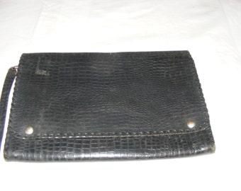 A Beautiful Vintage Edwardian Snakeskin Pattern Leather Clutch Bag