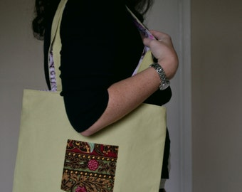 Pocket Tote with Africa applique