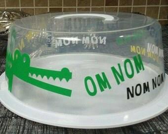 Alligator (Nom Nom) cake carrier
