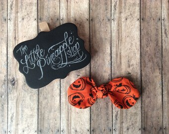 orange & black pumpkins knot bow