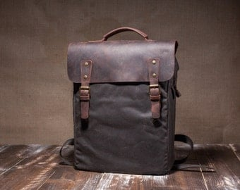 Waxed canvas bag - mens backpack - waxed backpack - wax canvas backpack - waxed rucksack- waxed canvas rucksack - comfortable straps