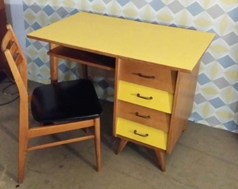 items similar to vendu bureau console en rotin vintage on etsy. Black Bedroom Furniture Sets. Home Design Ideas