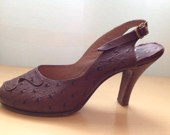 1940's Brown Sling Back heels - vintage 1940's Heels - 1940's shoes-