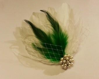 wedding hair accessory, Green feather clip, Bridal Hair Piece Bridal Feather Fascinator, Feather Hair Piece, Wedding Hair Accessories