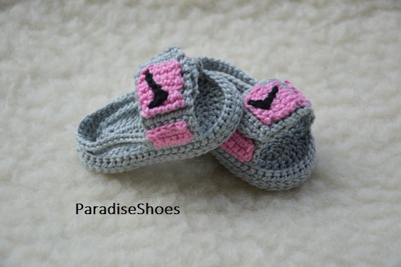 Crochet Jordans : crochet jordan hydro 3 shoes, crochet jordan sandals baby, crochet ...