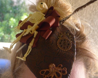 Cute Little Steampunk Hat Fascinator with a Skeleton and an Octopus  !! OOAK !!!