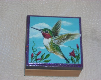 Wooden box: Humming bird
