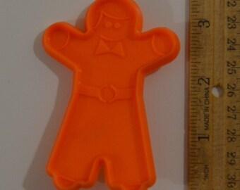 "GINGERBREAD MAN COOKIE Cutter | 1998 3 5/16"" Orange Plastic"