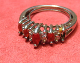Vintage silver Ring red jewels inside adjuster will fit  size 5 to 7