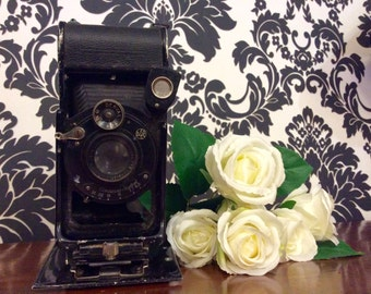 Antique Folding Contessa - Nettel Camera c.1920