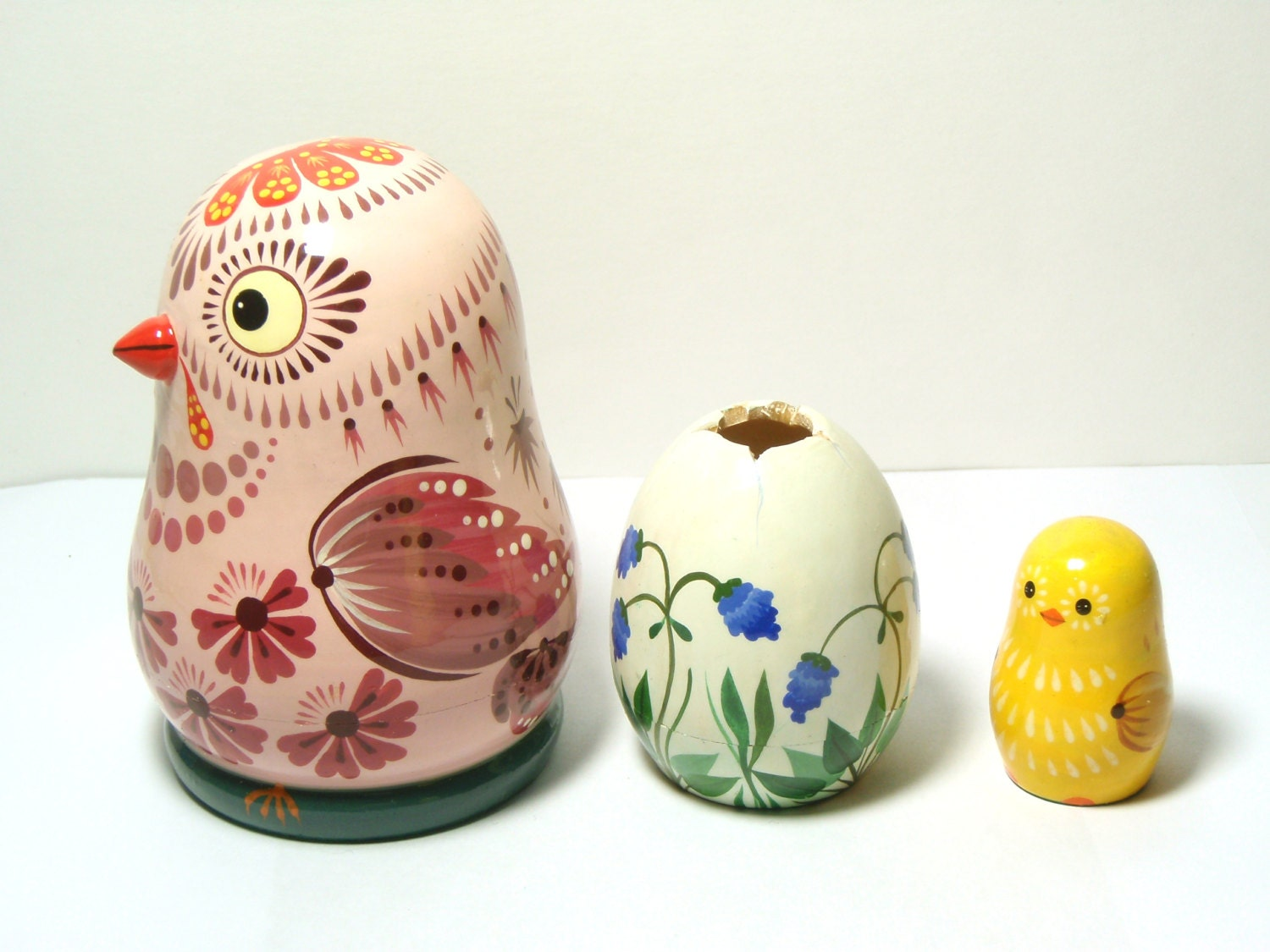 Easter gifts nesting dolls chicken with egg matryoshka doll zoom negle Gallery