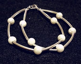 Bangle style White and Silver beaded bracelet
