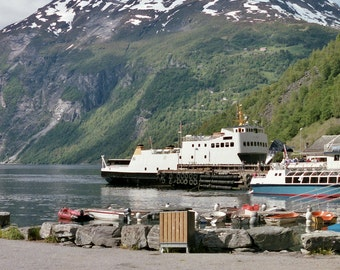6x4 printed postcard of MV Rinna (Queen of Melbourne) at Geirangerfjord, Norway