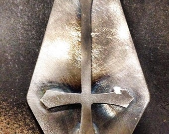 Invertedcross coffin - Pin