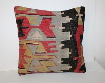 Kilim pillow - Rug pillow - Turkish pillow - Moroccan decor - Red and black kilim - Kilim throw pillow - Vintage pillow - Bohemian pillow