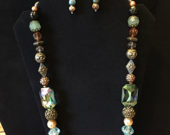 Autumn necklace with earrings