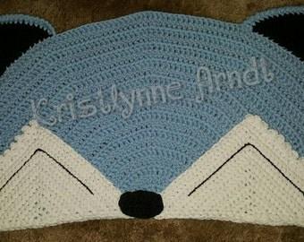 Crochet sleepy fox nursery rug