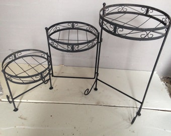 Plant stand / Vintage / Triple tier