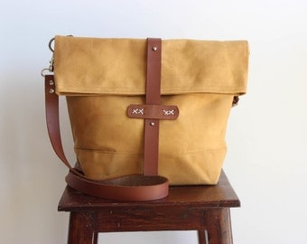 Waxed canvas bag, waxed canvas messenger bag, waxed canvas shoulder bag, waxed bag, waxed canvas handbag, foldover bag, messenger bag