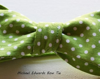 Mens Green Polka Dot Tie, Green Polka Dot Bowtie, Polka Dot Bow Tie, Self-Tie Bow Tie, Self Tie Bowtie, Green Bow Tie, Wedding Bow Tie, Prom