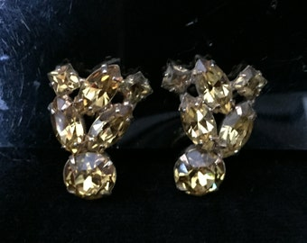 Vintage goldtone and yellow stone earrings
