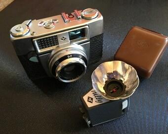 Agfa Optima IA camera with Tully flash attachment