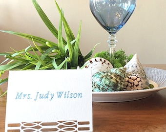 Modern Placecard with Crisp Urban Border