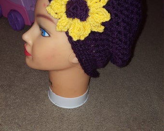 Child's slouchy hat with flower