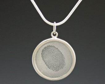 Finger Print Necklace-Personalized Jewelry-Custom Memory Jewelry-Etched Fingerprint